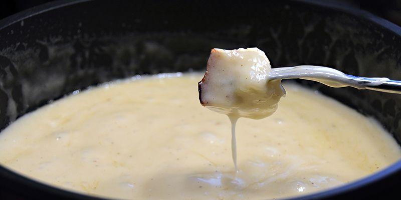 Bild-på-fonduegryta