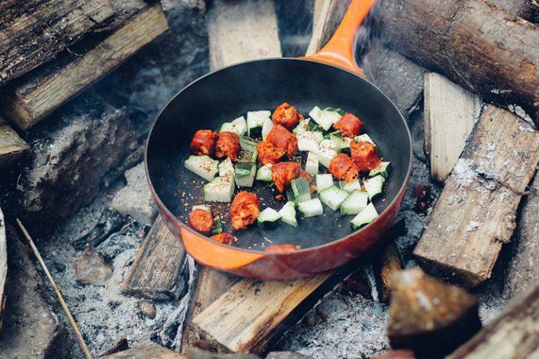 4 tips för att rengöra en bränd stekpanna
