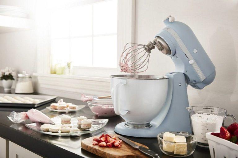 Snygg-blå-köksmaskin