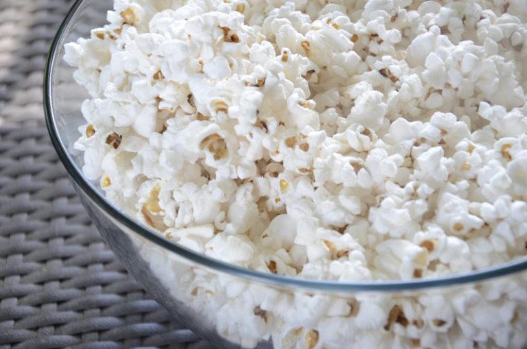 Hur man använder en Popcornmaskin
