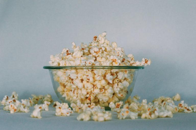 Hur man Rengör en Popcornmaskin